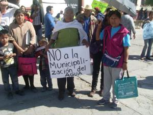 Coyotepec. No a la municipalización del Agua / Foto CDHZL