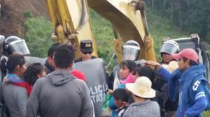 EL pueblo digno de Xochicuautla se opone al ingreso de la maquina