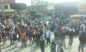 Asamblea del Pueblo de Coyotepec defendiendo el agua potable autonoma