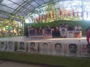 La Caravana del Sur, que busca justicia para los estudiantes de Ayotzinapa, estuvo ayer en Chiapas / Foto Elio Henríquez - La Jornada